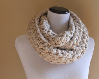 Reykjavik Hand Crocheted Bulky Wool-Blend Infinity Cowl in Fresh Cream - Winter White Ecru Light Taupe Off White - Trendy Circular Scarf