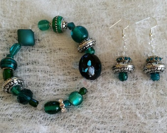 Tahiti Waters Glass and Ceramic Bead Handmade Bracelet and Earring Set