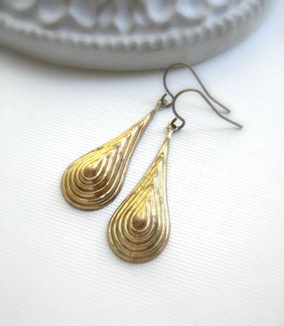 Gold Drop Earrings Raw Brass Vintage Brass Dangle Long Earrings Minimalist Everyday Jewelry Simple Jewelry