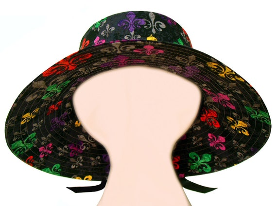 deLis Delight - Bright multi-color Fleur de Lis Ladies Mardi Gras Fashion Wide Brim Floppy Hat - Purple Green Gold on Black