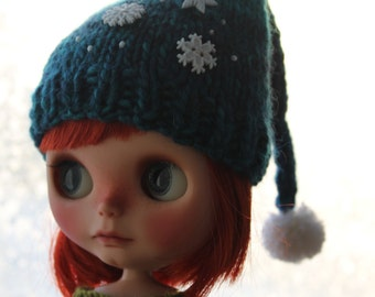 Snowflake Knitted Elf hat for Blythe, Kaye Wiggs MSD, Ibyangin, Dal or SD sized doll