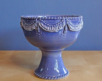compote bowl with ruffles in lavender