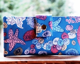 Starfish wallet, woman's wallet, beach gift idea, bifold wallet, vegan wallet, credit card wallet, gift for her, cute wallet