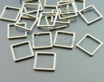 4 square shaped charms, square pendants, in 10mm size 1447-MR-10