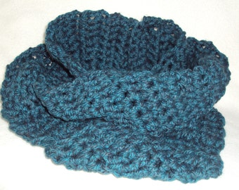 Chunky Style Teal Crocheted Scarf