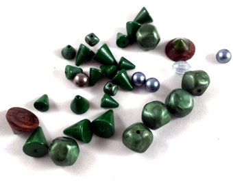 Vintage Green Beads. Glass and Plastic Green Beads.