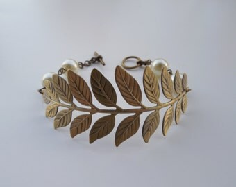 Bridesmaid Bracelet, antique gold bracelet, a touch of life bracelet, bridesmaid gift, wedding gift,