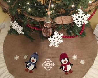 Christmas tree skirt, burlap, penguin, appliqué, ruffle, snowflake