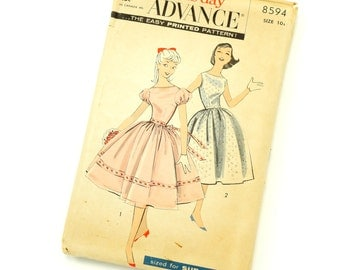 Vintage 1950s Girls Size 10 Party Dress and Slip Advance Sewing Pattern 8594 Complete / bust 29 waist 24