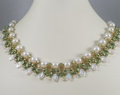 Woven Twin Bead Necklace Pearls with Leaves in Green