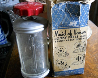 Vintage Sears Maid of Honor Cooky Press 1948, Red top 1950' kitchen decor
