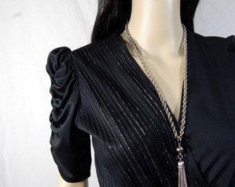 BLACK V Neck Dress By ENTOURAGE Size 7/8
