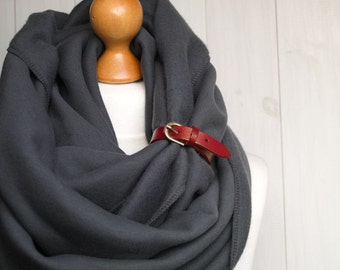 EXTRA CHUNKY Infinity Scarf with leather cuff, winter scarf, autumn winter fashion