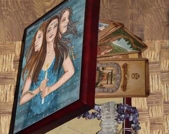 Triple Goddess, Triformis of The Well Worn Path Oracle Deck, Treasure Box