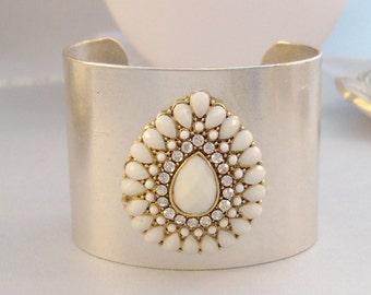Winter Gypsy,Cuff,Cuff Bracelet,White Bracelet,Bracelet,Silver,Antique Bracelet,Bohemian Bracelet,Gypsy Bracelet,White.valleygirldesigns.