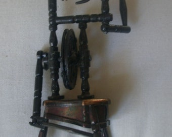 Vintage Die-Cast Miniature Spinning Wheel Pencil Sharpener