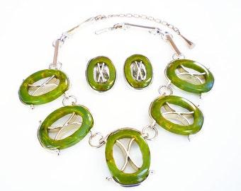 Bakelite Necklace, Bakelite Earrings, Spinach Bakelite, Green Marbled, Tic Tac Toe, Silver Tone, Jewelry Set, Vintage Jewelry