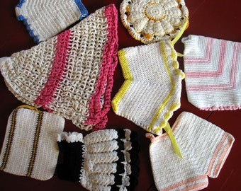8 Colorful Vintage Crocheted Potholders Oven Mitts Heat Pads M141