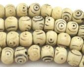 20 Beads - Ivory color Tibetan prayer mala old bone beads 8 mm  - HB059