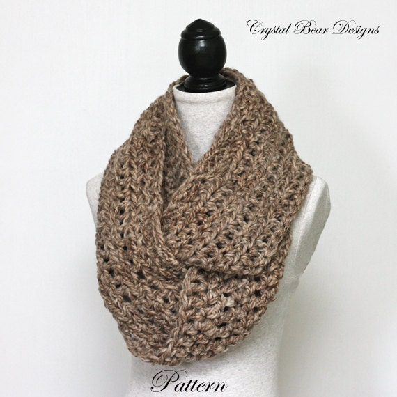 Crocheting Infinity Scarf For Beginners : CROCHET PATTERN Simple Chunky Infinity Scarf Beginner PDF Instant ...