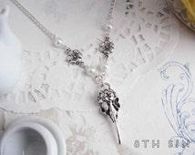 Antique Silver Bird Skull Necklace, Crow Skull Necklace, Silver Plague Doctor Necklace, Raven Skull Necklace, Plague Doctor Mask, Taxidermy