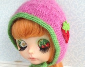 Strawberry Gnome Hat for Blythe Doll
