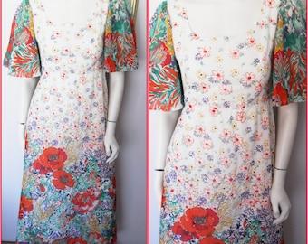 Vtg.70s Vibrant Floral Print Angel Sleeve Hippie Maxi Dress.S.Bust 35.Waist 27.