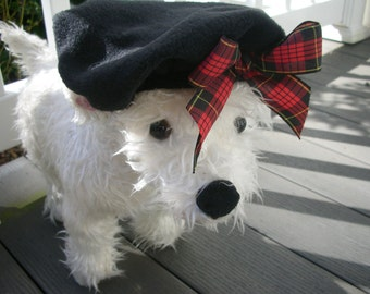 Black Fleece Dog Beret with red plaid bow, Hats for dogs, Dog Hat