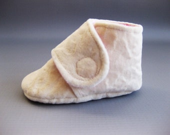 SALE Ivory baby shoes girls ivory shoes ivory baby boots Velcro shoes toddler girl shoes - Ivory Plush