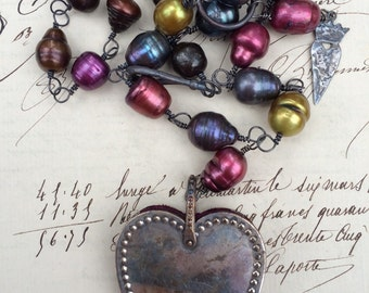 VINTAGE HEART - Necklace with Wonderful Jewel Tone Pearls with Chatelaine Heart Pincushion