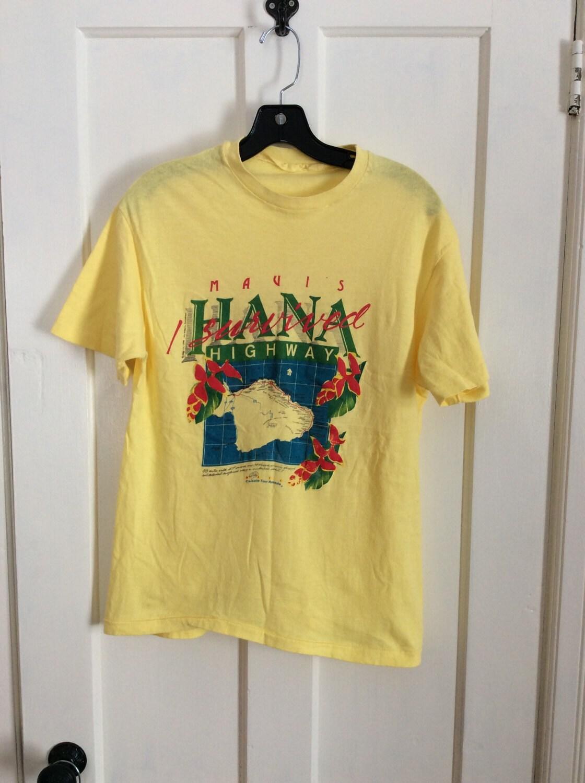Vintage 1980 39 s i survived souvenir surfer t shirt looks for Hawaii souvenir t shirts