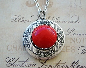 Silver Gem Locket  Necklace Wedding Bride Bridesmaid Vintage Red Gem Mother Sister Wife Anniversary  Photo Picture - Molly