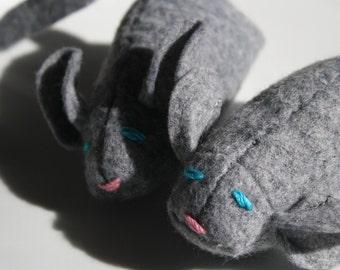 Gracie the Mouse wool blend felt catnip cat toy