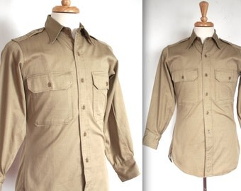 Vintage 1940s Military Shirt // 40s WWII Men's Khaki Army Uniform Shirt // From Here To Eternity // DIVINE
