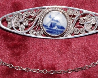 Vintage - Signed - Delft Filigree - Windmill - Silver Brooch - With safety chain - c1960s