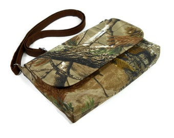 Small Cross Body Purse, Mini Messenger Bag, Fabric Pocketbook, Tree Bag, Real Tree Camo Bag, iPad Mini Bag