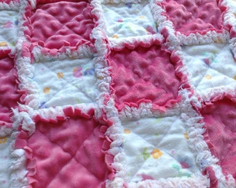 FREE SHIPPING Pink Baby Rag Quilt, Handmade, Crib Bedding, Nursery Gift, Baby Shower Gift