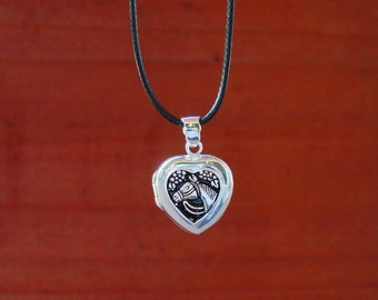 Horse Head in a Heart Lockets Pendant Equestrian Sterling Silver,Horse Jewelry, Equestrian Necklaces