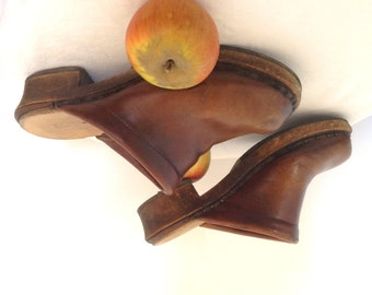 1940s peasant French cloggs leather