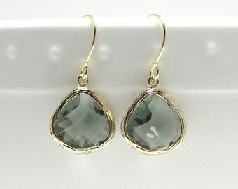 Gift Gray earrings Gray glass earrings Teardrop earrings Gray dangle drop earrings Grey earrings Bridesmaid earrings Bridal earrings Gift