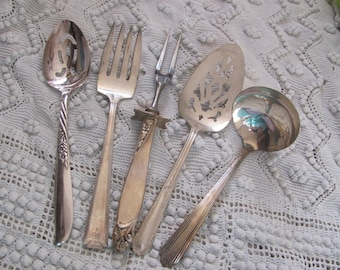 Serving 5 Assorted Vintage Silver Plate Serving Pieces - Fork Spoon Gravy Pie Carving