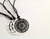 Black Doily Gift Tags - Black Lace - Round Gift Tag - Favour Tags - Scallop Hang Tag - Scrapbooking - Crafting