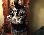 Kindertodt Oddity Doll: Victoria Vulturia
