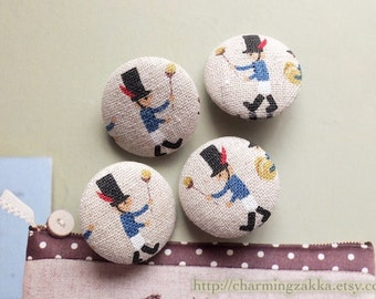 Fabric Covered Buttons (M) - British Style Holiday Bearskin Hat London Band Soldier (4Pcs, 0.87 Inch)