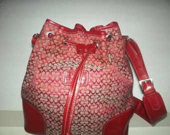 Vintage shoulder bag/with draw string closure/ fabric