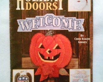 Holiday Doors by Leisure Arts 1995