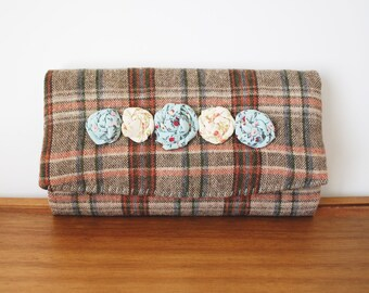Brown Plaid Trifold Clutch Wallet with Row of Rosettes