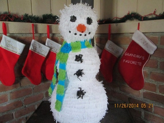 how to make a christmas pinata