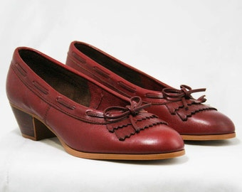 Size 6.5 M Leather Loafers by Dexter - High Quality - 1980s - Fine Oxblood Leather Shoes - Preppie - Stacked Wood Heels - Deadstock -43232-1