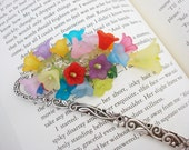 Flower Bookmark, Mulitcolor Flower Bookmark, Beaded Bookmark, Floral Bookmark, Silver Bookmark, Gift for Her, Free Shipping